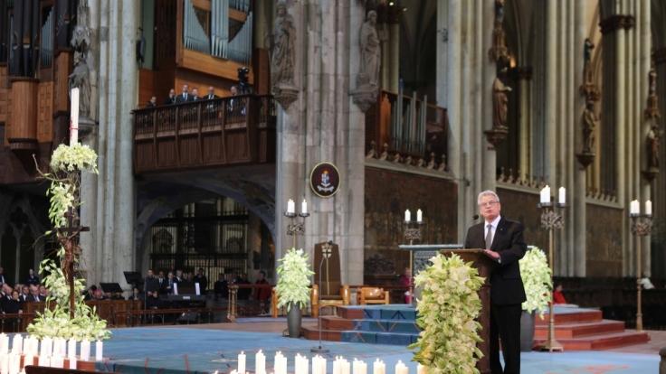 Bundespräsident Joachim Gauck bei der Trauerfeier für die Opfer der Germanwings-Katastrophe im Kölner Dom.