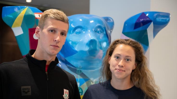 Florian Wellbrock und seine Verlobte Sarah Köhler haben beide Erfolg als Schwimmer. (Foto)
