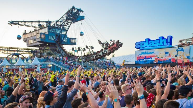 Beim Splash Festival 2018 lassen zahlreiche Acts die Köpfe nicken.