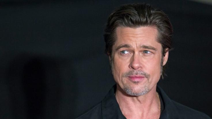 Brad Pitt hat sich seit der Trennung weitestgehend aus der Öffentlichkeit zurück gezogen.