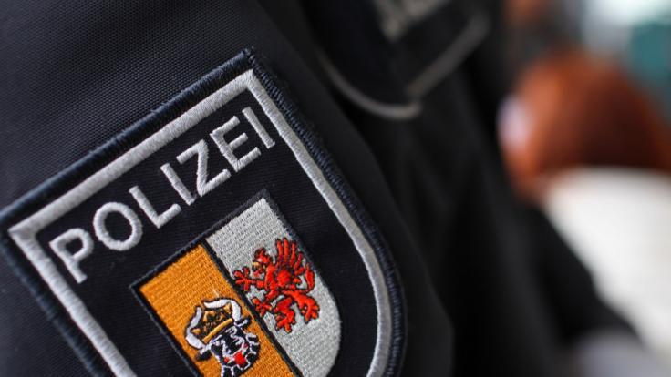 In Mecklenburg-Vorpommern nutzen Polizisten in zwei Fällen ihren Beruf aus, um zwei Minderjährige zu bedrängen. (Foto)