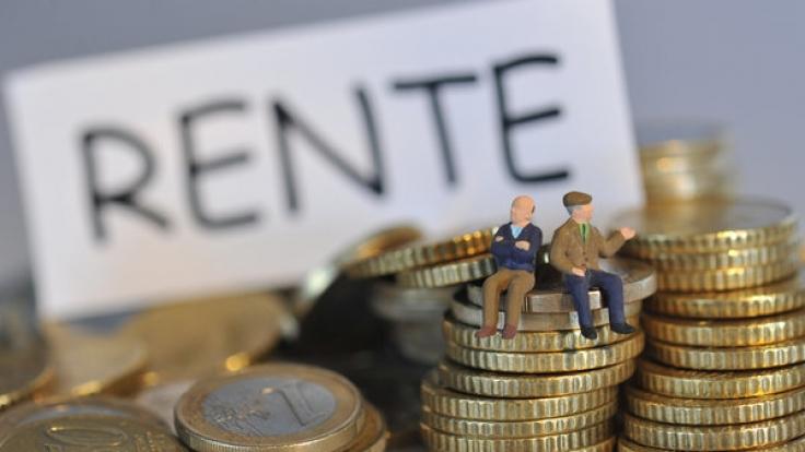 Die Renten in Deutschland sollen Mitte des Jahres steigen. (Foto)