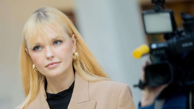 Bonnie Strange, Bloggerin und Influencerin, sorgt im sexy Body für Schnappatmung. (Foto)
