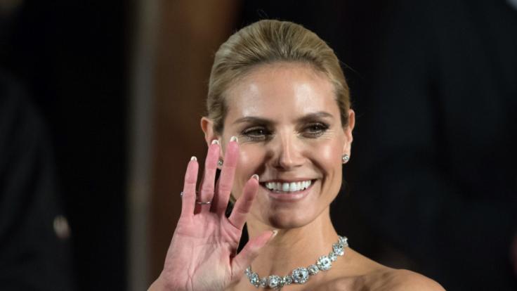 Heidi Klum zieht auch mit 46 noch liebend gern blank. (Foto)