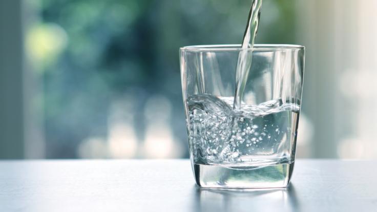 Unternehmen ruft Wasser zurück.