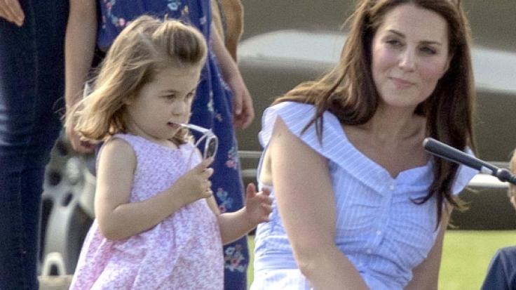 Prinzessin Charlotte hat in ihrer Mutter Kate Middleton ein echtes Vorbild gefunden.