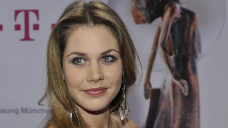 """Schauspielerin Felicitas Woll und Ex-""""Let's Dance""""-Kandidat Benjamin Piwko haben bei Instagram offenbar ihre Liebe bestätigt. (Foto)"""