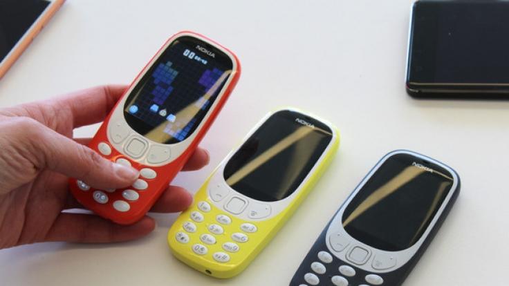 Das Remake des Nokia 3310 kommt überarbeitet wieder in den Handel. (Foto)