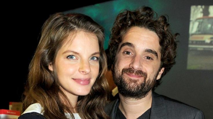 Sängerin Yvonne Catterfeld und Schauspieler Oliver Wnuk sind seit neun Jahren ein Paar und seit 2014 Eltern eines gemeinsamen Sohnes. (Foto)