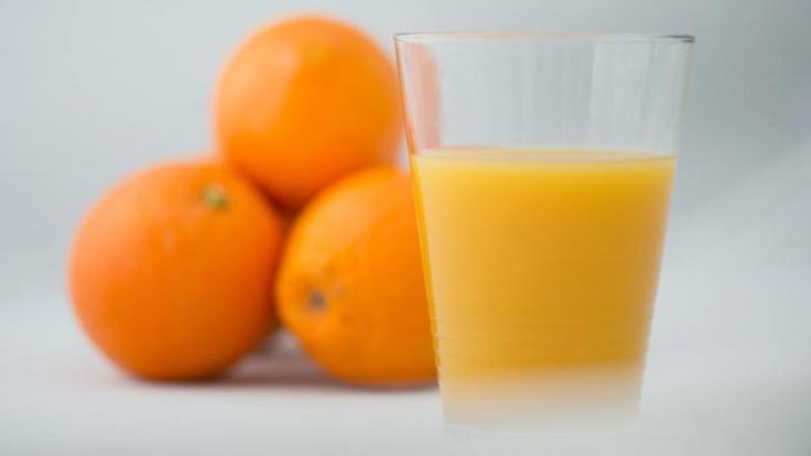 """Hinsichtlich des Geschmacks konnten alle Orangensäfte im Test von """"Ökotest"""" überzeugen. (Foto)"""