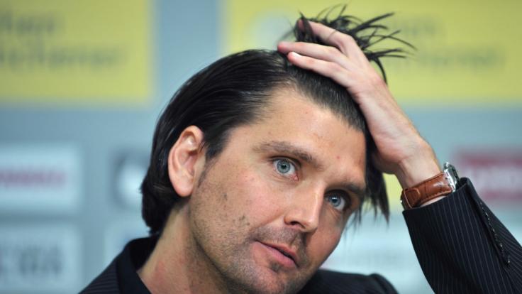 Peter Hyballa ist nicht nur Fußballtrainer, sondern tritt auch als Experte im ZDF auf. (Foto)