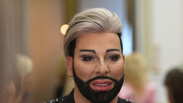 Modezar Harald Glööckler ist ein wandelndes Gesamtkunstwerk - Schönheitsoperationen und Botox sei Dank. (Foto)