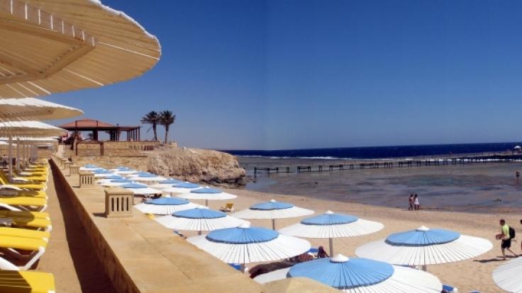 Feine Sandstrände und zahlreiche Freizeitmöglichkeiten - Ägypten wartet auf Urlaubsgäste. (Foto)