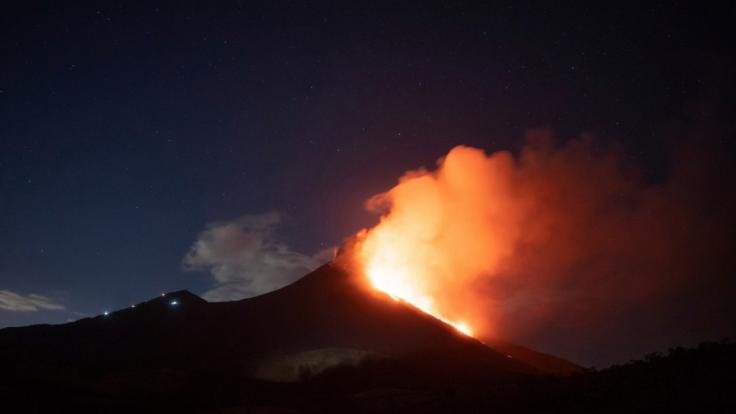 Der Vulkan Pacaya in Guatemala ist zum zweiten Mal innerhalb von drei Tagen ausgebrochen. Auf Twitter teilten Beobachter sensationelle Bilder.