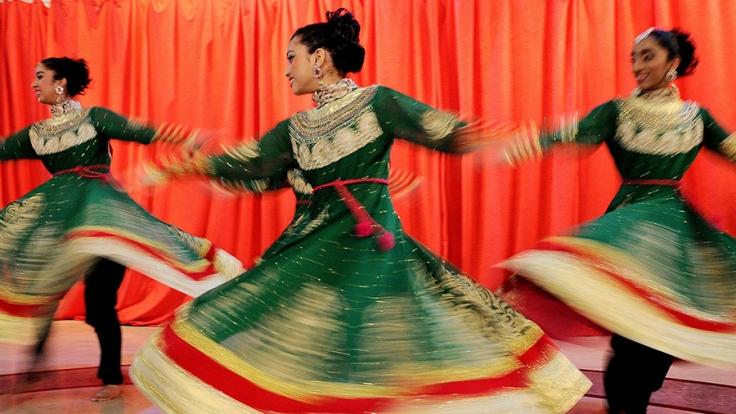 Bollywood-Filme bezaubern durch aufwendige Tanz- und Gesangseinlagen. (Foto)