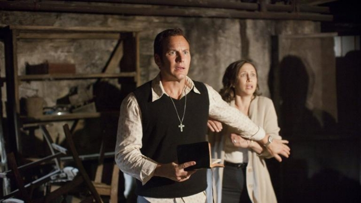 Die Geisterjäger Ed (Patrick Wilson) und Lorraine Warren (Vera Farmiga) werden in