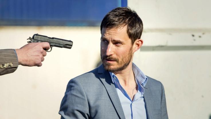 Seine Kompromisslosigkeit bringt Kommissar Xavi Bonet (Clemens Schick) in Gefahr. (Foto)