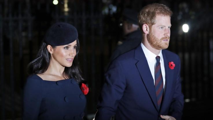 Meghan Markle und Prinz Harry freuen sich auf die Geburt ihres ersten Kindes.