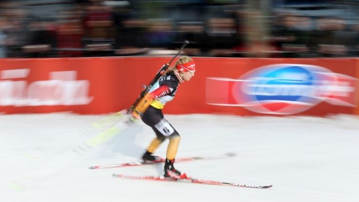Biathlon-Fans trauern um die verstorbene Sportlerin. Julia Pieper galt als großes Nachwuchstalent.