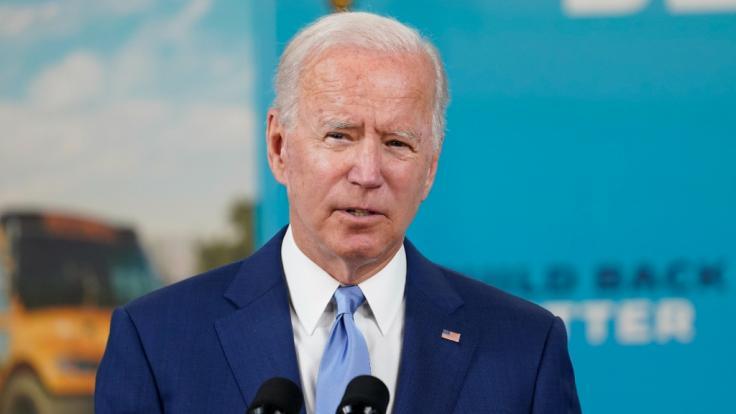 Der US-Präsident als Steuersünder? Joe Biden soll der US-amerikanischen Steuerbehörde IRS Hunderttausende Dollar an Steuern schulden. (Foto)