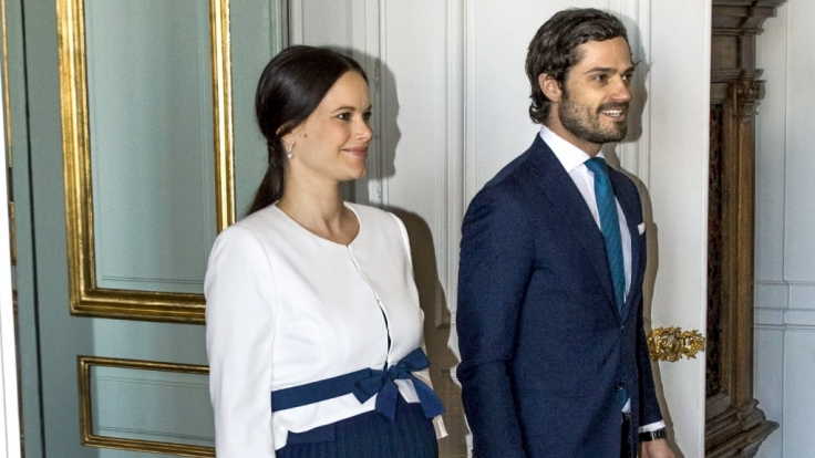 Prinz Carl Philip von Schweden und seine Ehefrau Prinzessin Sofia sind einem bösartigen betrug zum Opfer gefallen.