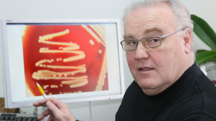Klaus-Dieter Zastrow, Hygiene-Facharzt für die Berliner Vivantes-Kliniken, widerspricht den Warnungen des Robert-Koch-Instituts vor einer zweiten Corona-Infektionswelle. (Foto)
