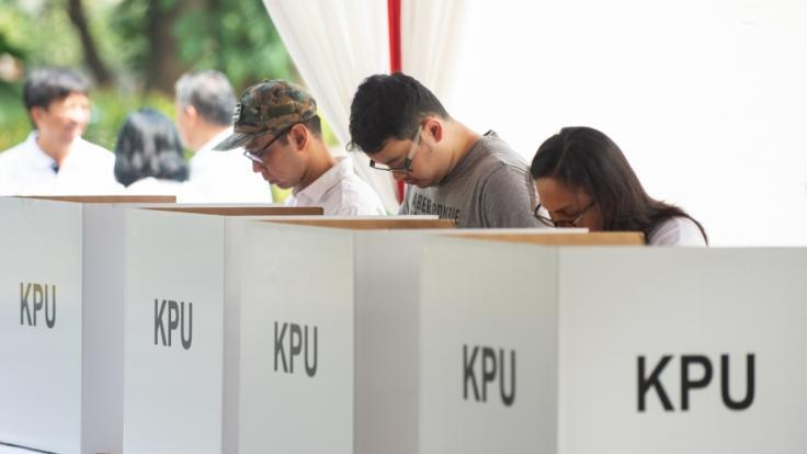 In Indonesien hat die Präsidentenwahl begonnen. (Foto)