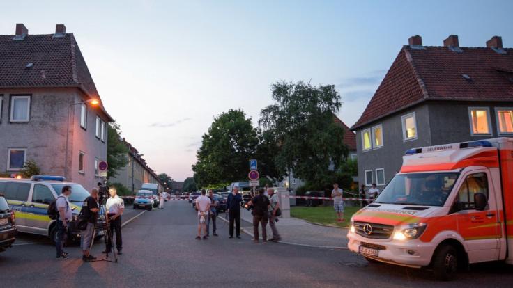 In Salzgitter wurde eine 30-Jährige durch Schüsse getötet. Eine zweite wurde lebensgefährlich verletzt. (Foto)
