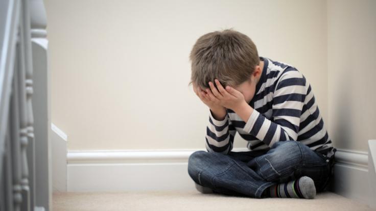 In England hat ein 14-Jähriger seinen Stiefvater erstochen. (Symbolbild) (Foto)