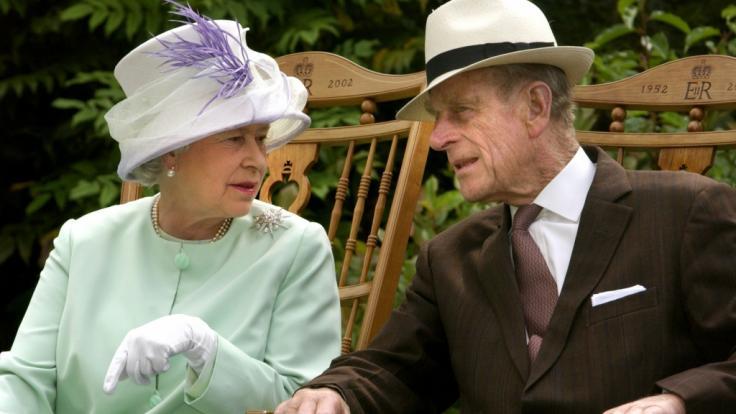 Ein Autor enthüllte ein intimes Detail aus dem Liebesleben von Queen Elizabeth II. und Prinz Philip. (Foto)