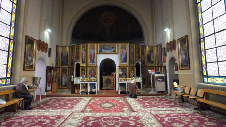 Blick in die leerstehende katholische Kirche in Bergamo (Italien): Der Verband der Muslime hat das Gebäude ersteigert. (Foto)
