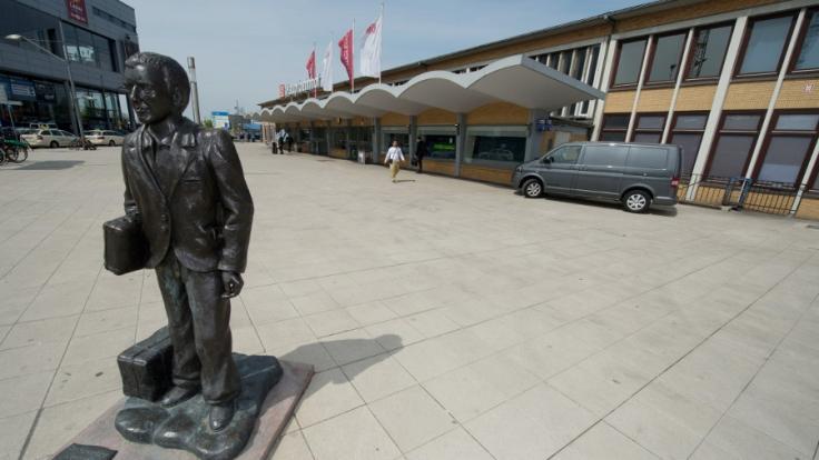 Der Hauptbahnhof in Wolfsburg. Hier soll sich die Grapsch-Attacke zugetragen haben. (Foto)