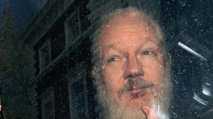 Wikileaks-Gründer Julian Assange muss 50 Wochen ins Gefängnis. (Foto)