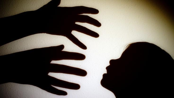 Nach jahrelangen Ermittlungen hat Interpol ein internationales Pädophilennetzwerk gesprengt (Symbolbild). (Foto)