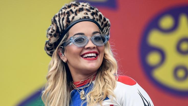 Rita Ora begeistert mit ihrer Schuhkollektion.