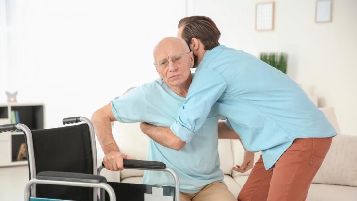 Die Pflegekosten für pflegebedürftige Senioren in Heimen steigt an. (Symbolfoto) (Foto)