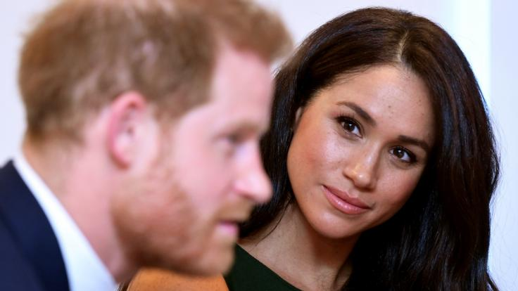 Meghan Markle und Prinz Harry wollen nach der Megxit-Trennung mehr Privatsphäre - doch ganz ohne Öffentlichkeit scheint das Paar nicht leben zu können. (Foto)