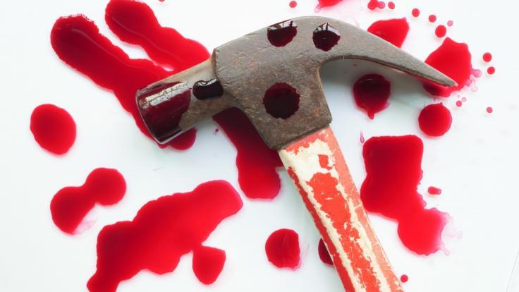 Die 14-jährige Viktorija aus Wolverhampton wurde mit einem Hammer brutal erschlagen und sexuell geschändet (Symbolbild). (Foto)
