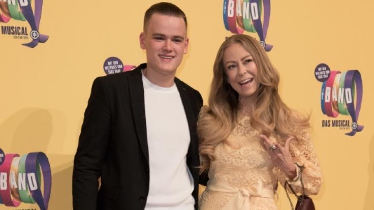 Jenny Elvers und ihr Sohn Paul sind ein eingespieltes Team.