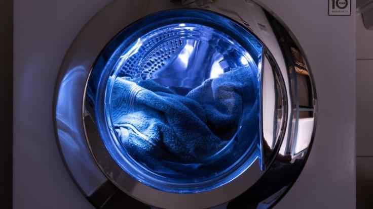 Nur wer die Waschmaschine richtig pflegt, hat lange etwas von ihr. Diese sechs Fehler sollten Sie vermeiden. (Foto)