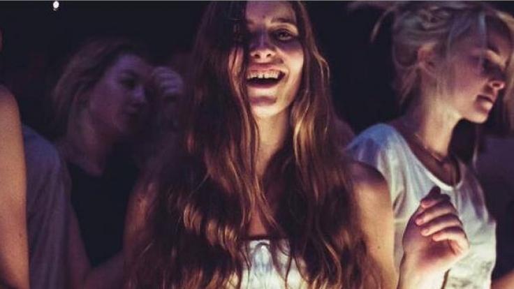 Die 21-Jährige Tilly Lawless aus Australien gibt offen zu: ich prostituiere mich freiwillig! (Foto)