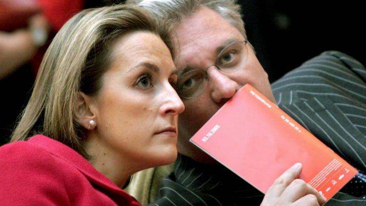 Prinz Laurent von Belgien sorgt sich um seine Ehefrau. Prinzessin Claire kämpfte gegen das Coronavirus. (Foto)