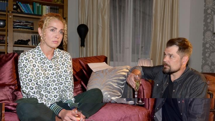 Das Traumpaar Leon (Daniel Fehlow) und Nina (Maria Wedig) geht künftig getrennte Wege. (Foto)
