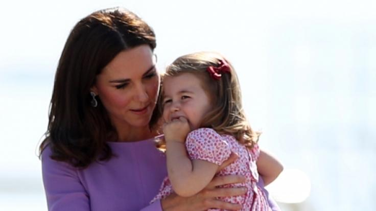 Kate Middleton mit ihrer Tochter, Prinzessin Charlotte.