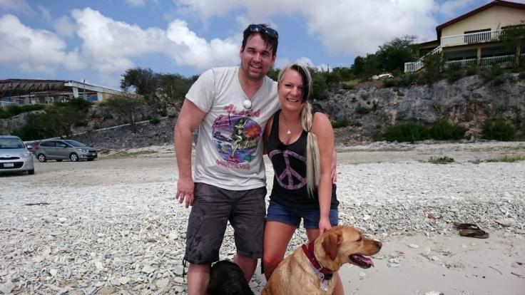 TV-Auswanderer Patrick und Severine Dewitz auf Curacao. (Foto)