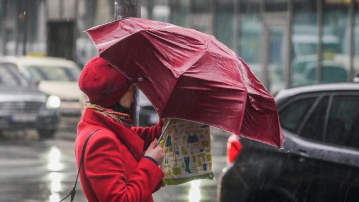 Das Wetter in Deutschland bleibt auch am Wochenende wechselhaft und unbeständig.