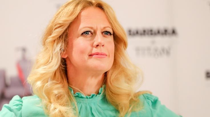 Da hat Barbara Schöneberger ordentliche Rundungen bekommen. (Foto)