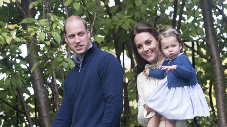 Die ganze Rasselbande: Prinz George, Papa William, Mama Kate und Prinzessin Charlotte.