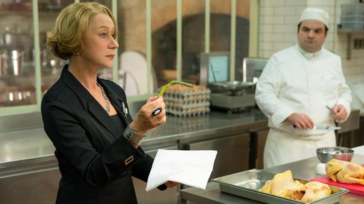 Madame Mallory (Helen Mirren, l.) ist empört, als plötzlich ein indisches Restaurant in ihrer Nachbarschaft eröffnet.