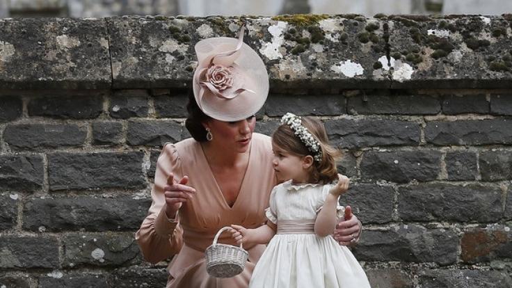 Kate und ihre Tochter Charlotte. (Foto)